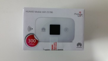 Huawei E5786s-63a FDD700/900/1800/2100/2300Mhz TDD2600Mhz 4.5G LTE Cat6 300Mbps Mobile WiFi